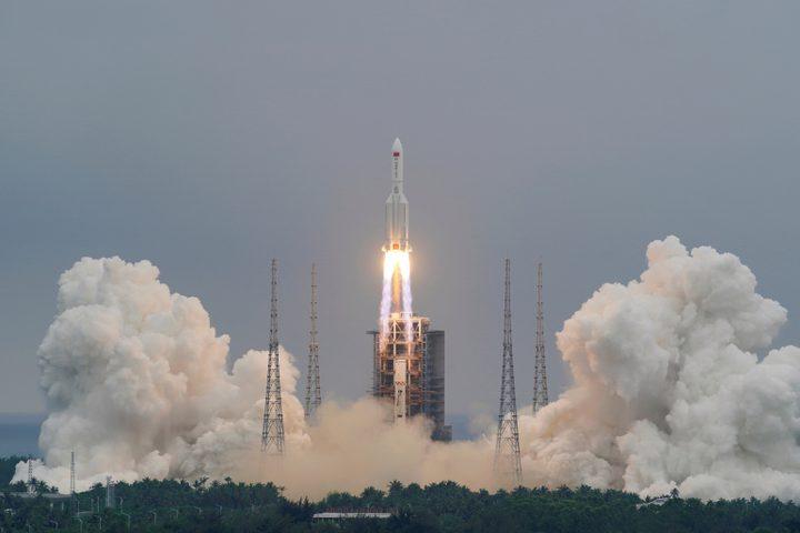 """حطام الصاروخ الصيني التائه يسقط بالمحيط الهندي.. و""""ناسا"""" تنتقد"""