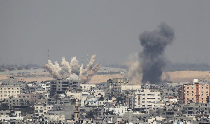 3 شهداء وإصابات جراء قصف الاحتلال شقة سكنية وسط غزة