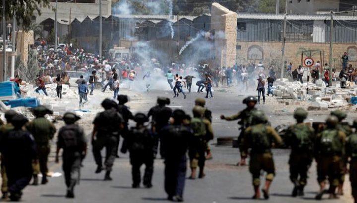 إصابة 5 شبان بينهم طفل خلال مواجهات مع الاحتلال في جنين ومخيمها