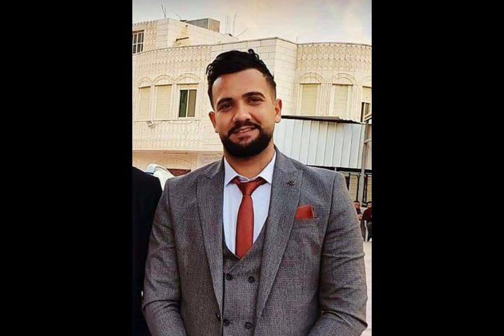 جماهير غفيرة تشيع جثمان الشهيد حسين الطيطي في مخيم الفوار