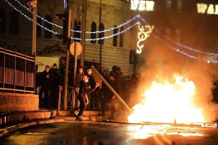 عشرات حالات الاختناق خلال مواجهات مع الاحتلال في بلدة الخضر