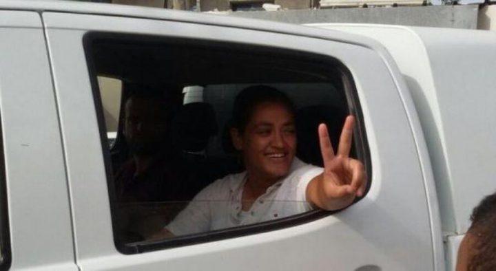 شرطة الاحتلال تعتقل الناشطة حمامة جربان من جسر الزرقاء