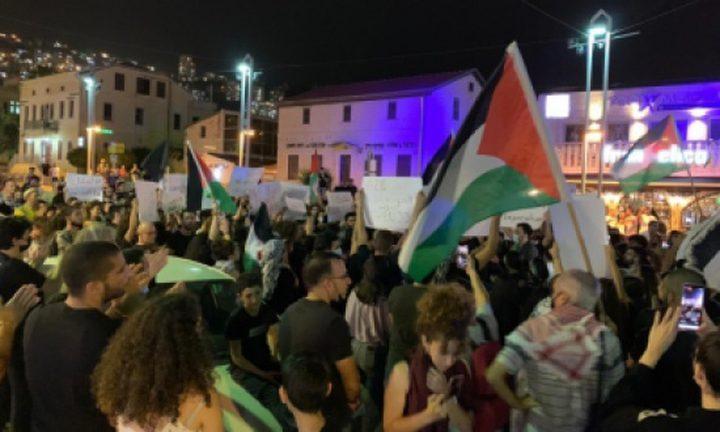 مظاهرات في عدد من مدن أراضي الـ48 وإضاءة شعلة العودة في الناصرة