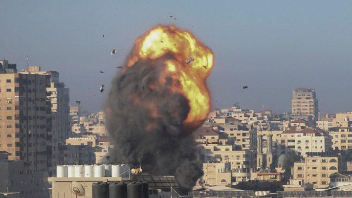 هادي عمرو يجتمع مع غانتس لبحث وقف العدوان على قطاع غزة