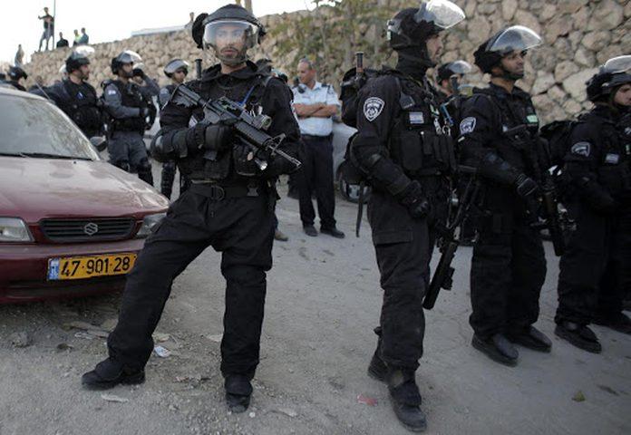 الشرطة الإسرائيلية تعتقل 150 شابا من النقب