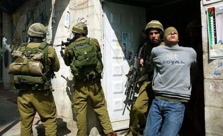 الاحتلال يعتقل 25 مواطنا من مدينة القدس