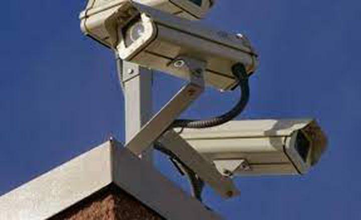 الاحتلال يركب كاميرات مراقبة شرق سلفيت