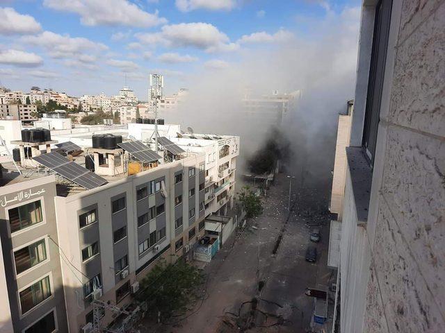 شهيدان وعشرات الاصابات جراء قصف الاحتلال عمارة سكنية في غزة
