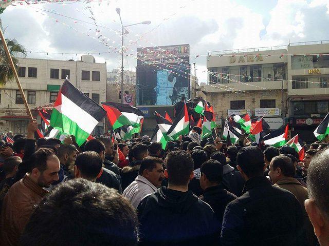 مسيرة في نابلس تنديدا بجرائم الاحتلال بحق أبناء شعبنا