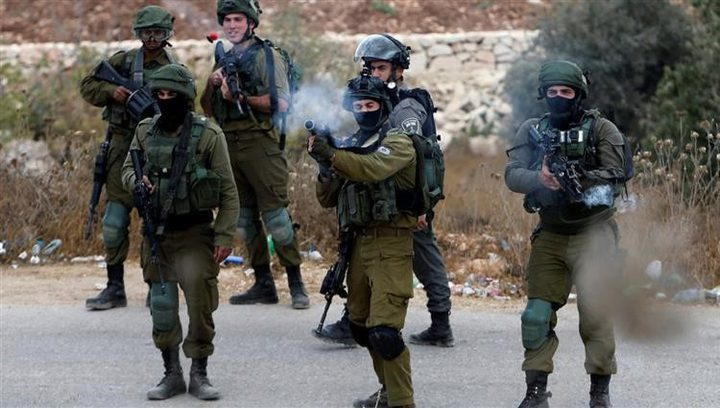 إصابة 11 مواطنا برصاص الاحتلال بينهم صحفي خلال مواجهات في نابلس