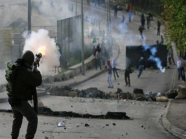 إصابات خلال مواجهات مع الاحتلال شرق نابلس