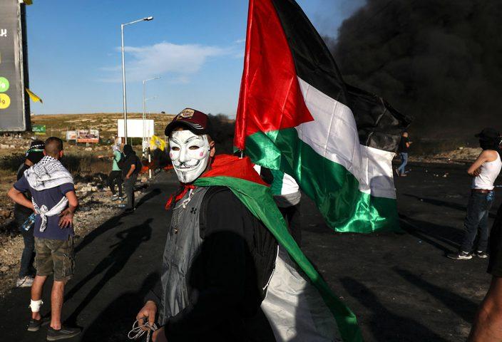 قمع مسيرة سلمية في قلقيلية منددة بعدوان الاحتلال