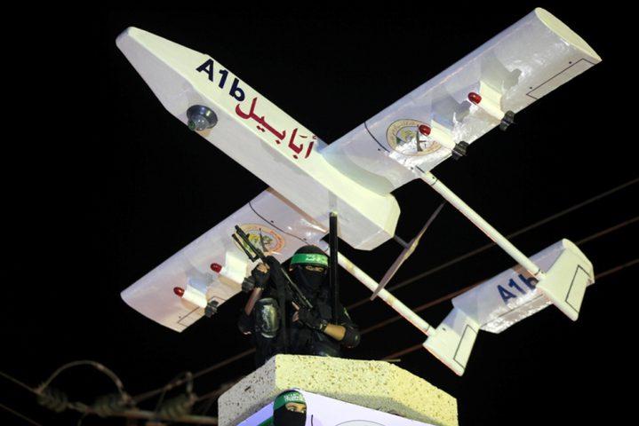 """كتائب القسام تعلن إدخال طائرة """"الزواري"""" في المعركة مع الاحتلال"""