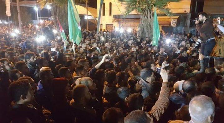 مسيرات في غزة و الضفة ابتهاجا بنصر المقاومة