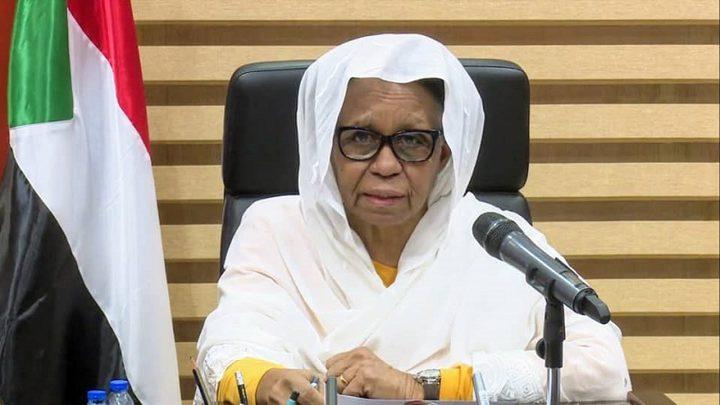 عائشة موسى تستقيل من مجلس السيادة السوداني