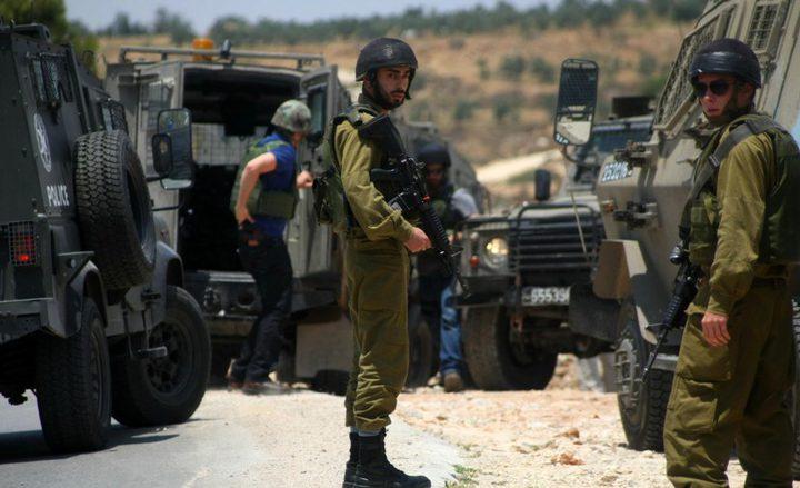 جنين: إصابة عاملين برضوض أثناء مطاردتهما من قبل الاحتلال