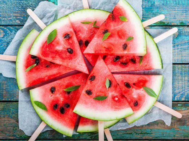 مع دخول فصل الصيف.. فوائد لا مثيل لها لتناول البطيخ
