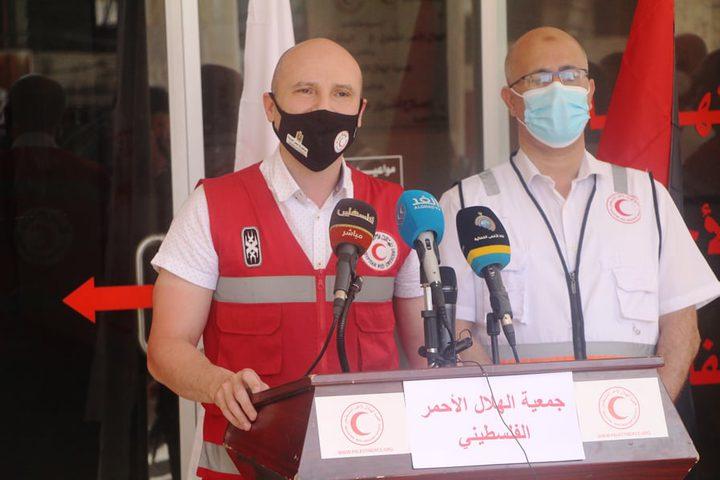الهلال الأحمر الفلسطيني والمصري يطالبان بتوحيد الجهود لإغاثة غزة