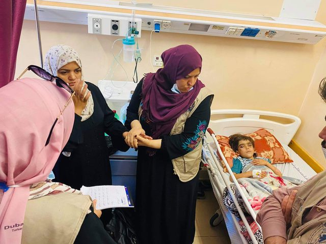 المركز الفلسطيني للديمقراطية ينفّذ أنشطة دعم نفسي لضحايا حرب ٢٠٢١