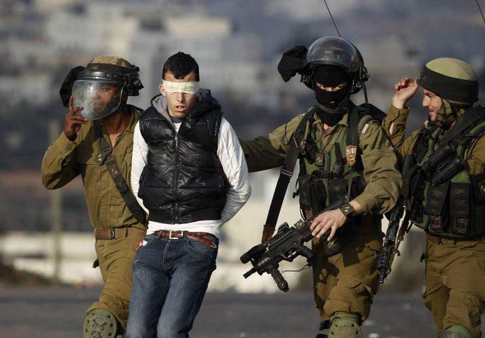اعتقال ٤ مواطنين من محافظة الخليل
