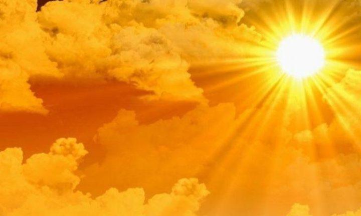 الطقس: أجواء حارة و يطرأ انخفاض على درجات الحرارة