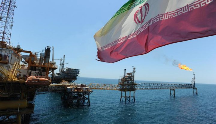 رغم العقوبات..أمريكا تستورد النفط الأيراني بعد 30 عاما