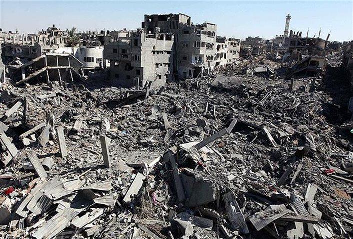 انتشال جثمان شهيد من حي الشجاعية شرق غزة