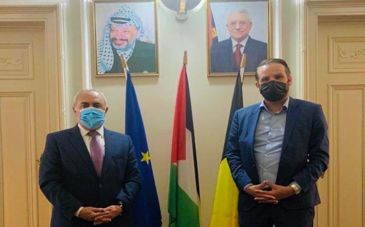 السفير الفرا يطلع نائب فيدرالي بلجيكي على آخر التطورات