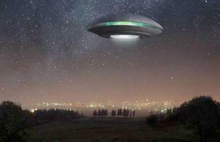 هل زارت كائنات فضائية كوكب الأرض؟