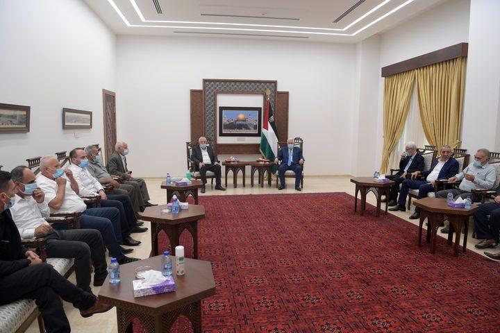 """الرئيس يستقبل أمناء سر أقاليم """"فتح"""" في الضفة الغربية"""