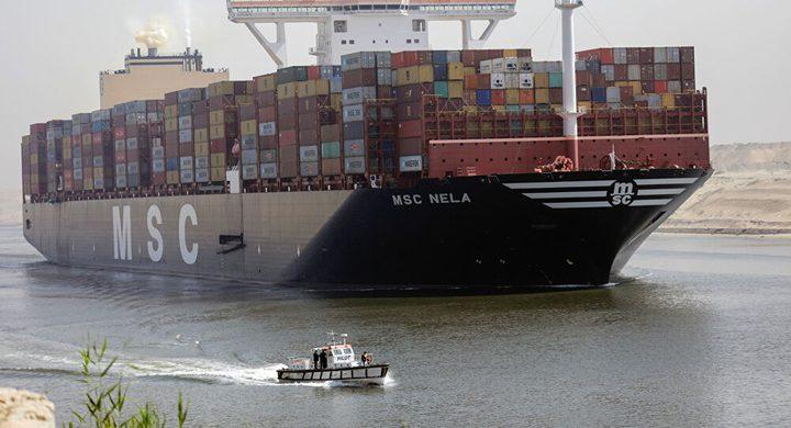 انخفاض حاد لعجز الميزان التجاري المصري وزيادة الصادرات 43%