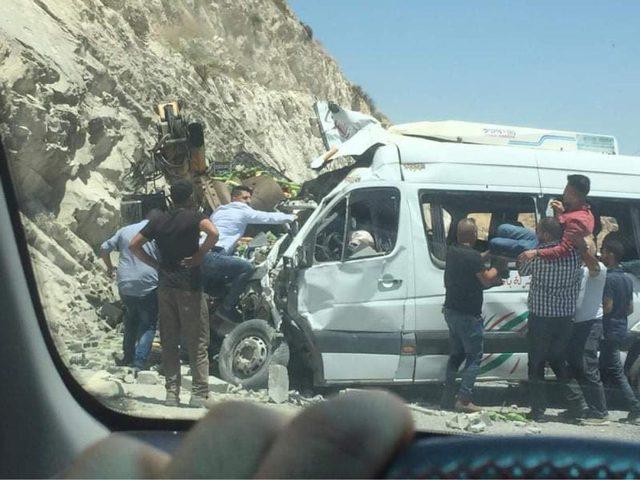 وفاتان وخمس إصابات بحادث سير شرق نابلس