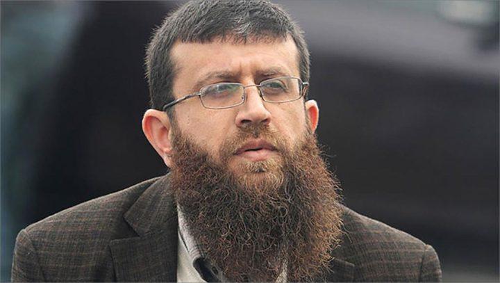 سلطات الاحتلال تصدر أمر اعتقال إداري بحق الأسير خضر عدنان