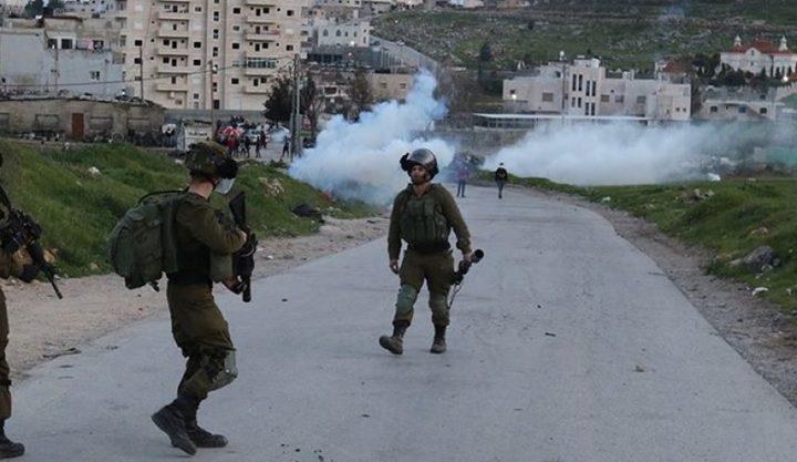 استشهاد فتى وعشرات الإصابات خلال قمع الاحتلال المسيرات أمس الجمعة