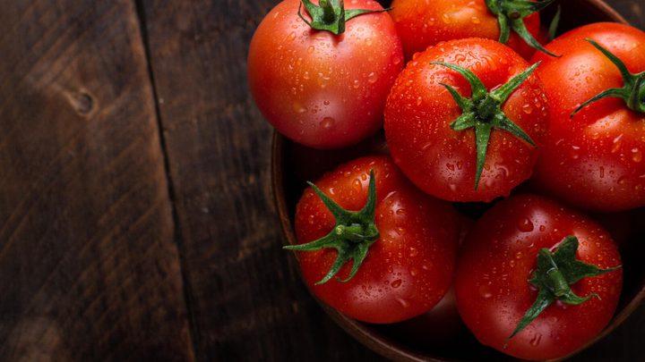 ما هي المواد الغذائية التي لا ينصح بتناولها مع الطماطم ؟