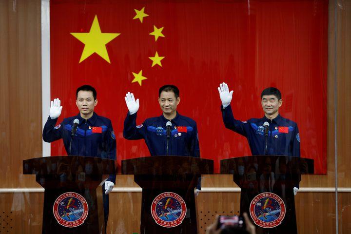 الصين ترسل رواد فضاء إلى موقع محطتها الفضائية الجديدة