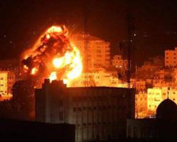 الإعلام العبري: الاحتلال سيرد الليلة على إطلاق البالونات الحارقة