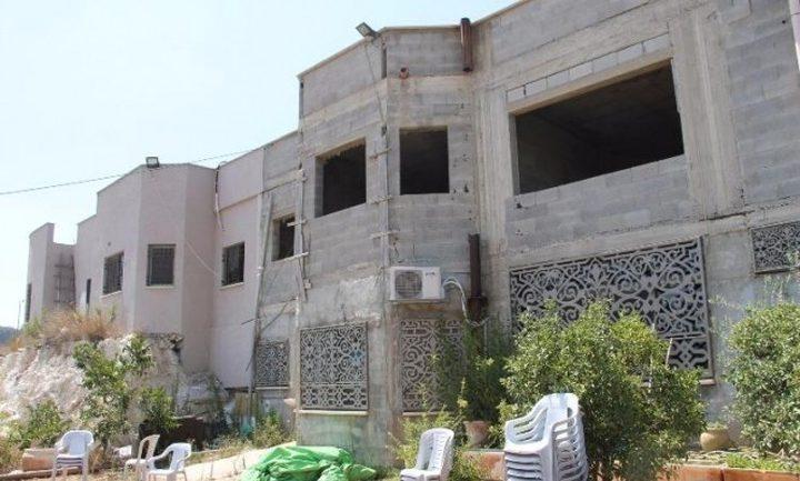 أم الفحم..الاحتلال يجبر عائلة عبد الغني إغبارية على إخلاء منزلها