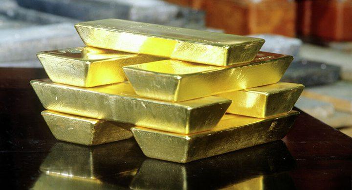 الذهب يتجه لتسجيل أسوأ أداء أسبوعي منذ مارس 2020