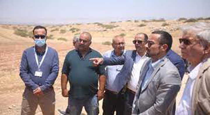 قنصل إيطاليا لدى فلسطين يجري جولة في الأغوار الشمالية