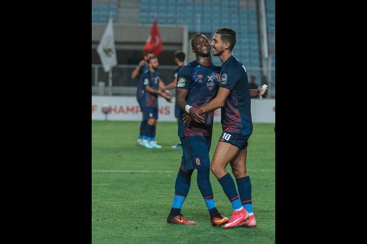 دوري أبطال إفريقيا: الأهلي يضع قدماً في النهائي