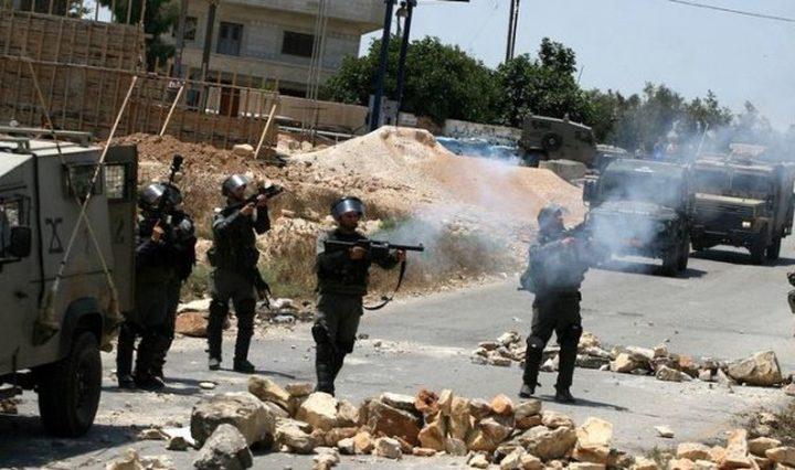 اصابة عاملين برصاص الاحتلال  واعتقالهما في جنين