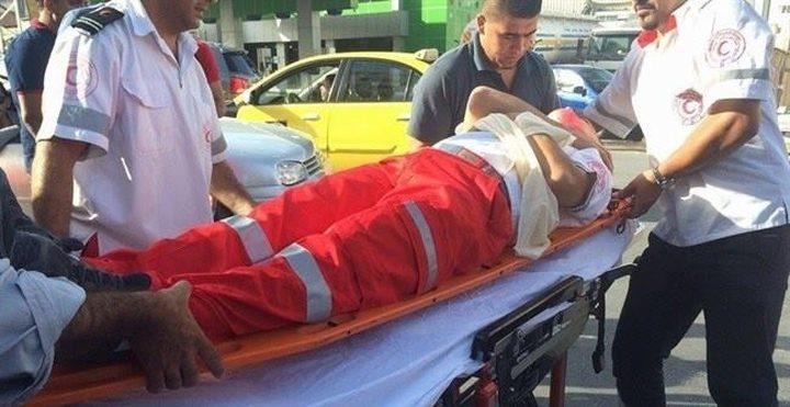إصابة مسعفين في استهداف سيارة إسعاف خلال مواجهات بيتا