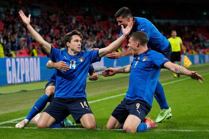 إيطاليا تتأهل إلى ربع النهائي لبطولة أمم أوروبا