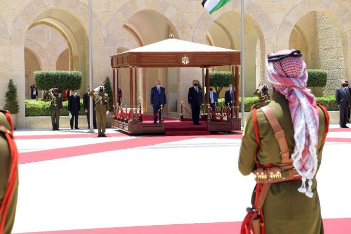 الرئيس يجتمع مع العاهل الأردني ويبحثان آخر التطورات الياسية