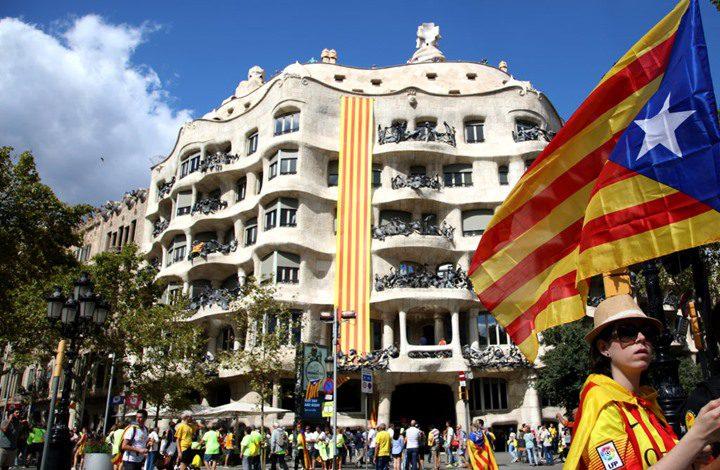مدريد تؤكد رفضها اجراء استفتاء لتقرير المصير في كاتالونيا