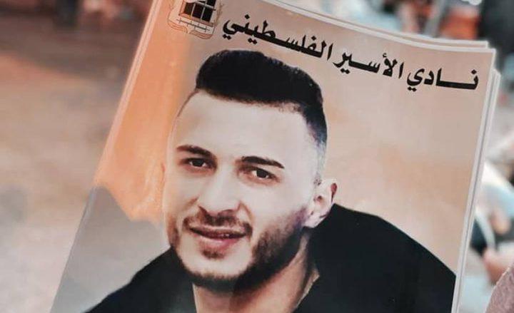الاحتلال يرفض نقل الأسير أبو عطوان إلى مستشفى فلسطيني