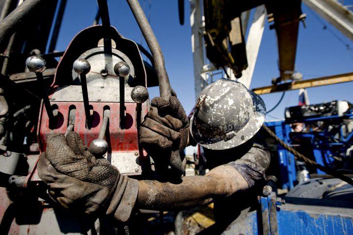 """ارتفاع أسعار النفط قبيل قرار """"أوبك+"""" بشأن خفض الإمدادات"""