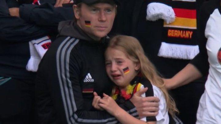 """""""الفتاة الألمانية الباكية"""" في يورو 2020 تثير فضيحة"""