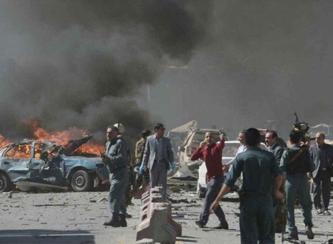 قتلى وجرحى في أفغانستان بتفجير انتحاري بسيارة مفخخة